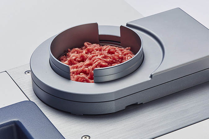 Analyzing meat with FT-NIR spectroscopy